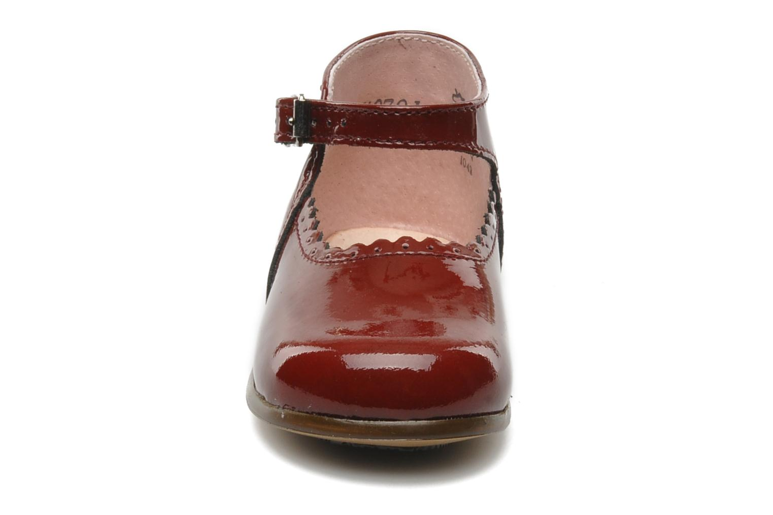 Ballerines Little Mary Vocalise Rouge vue portées chaussures