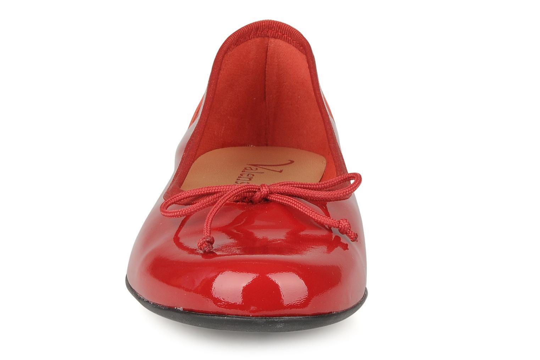 Ballerines Valensi Vega Rouge vue portées chaussures