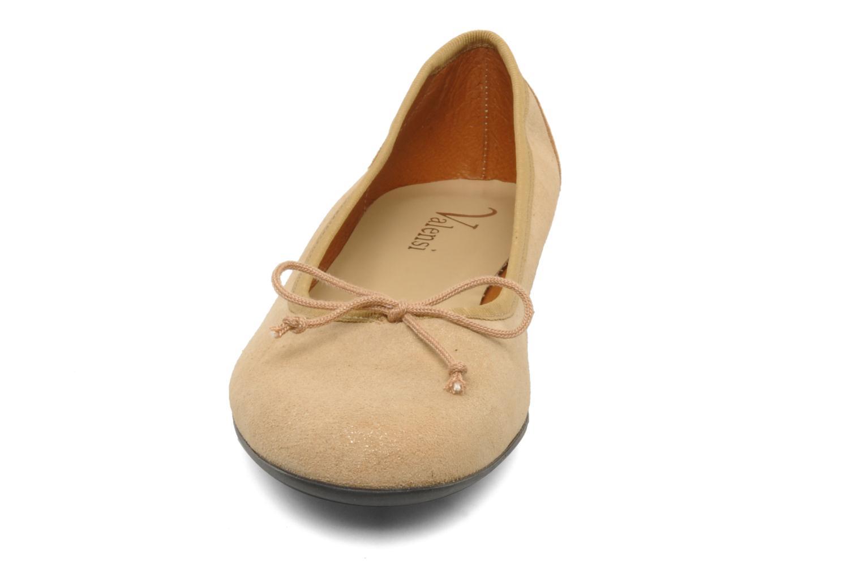 Ballerinas Valensi Vega beige schuhe getragen
