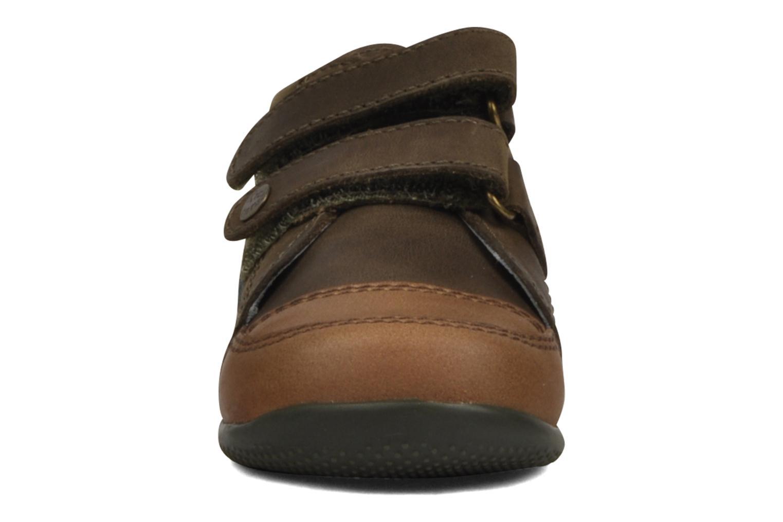 Schoenen met klitteband Kickers Bishop Bruin model
