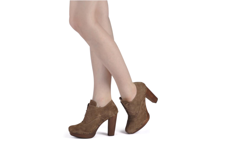 Chaussures à lacets Castaner Katia Marron vue bas / vue portée sac