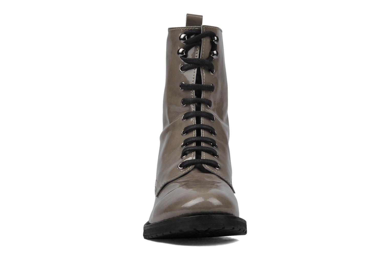 Stiefeletten & Boots Georgia Rose FIZZI grau schuhe getragen