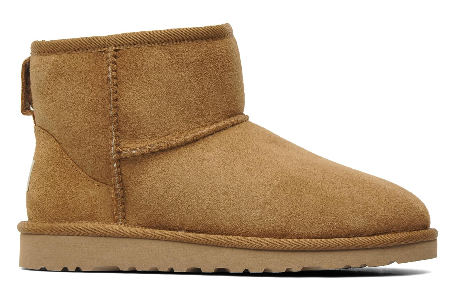 Ankle boots UGG Kid's classic short Beige back view