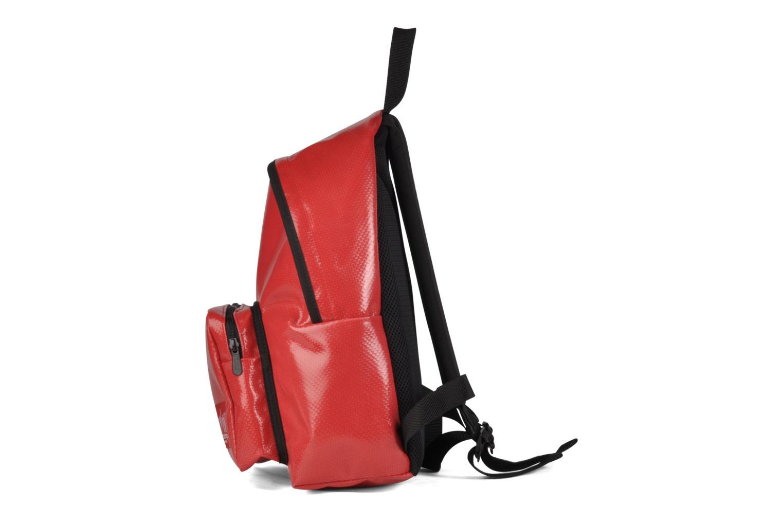 Zaini Manhattan Portage Big Apple Backpack MD Rosso modello indossato