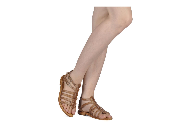 Sandales et nu-pieds Les Tropéziennes par M Belarbi Hicare Beige vue bas / vue portée sac