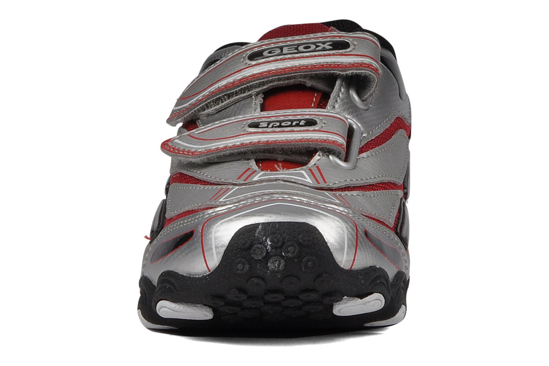 Baskets Geox J tornado t Argent vue portées chaussures