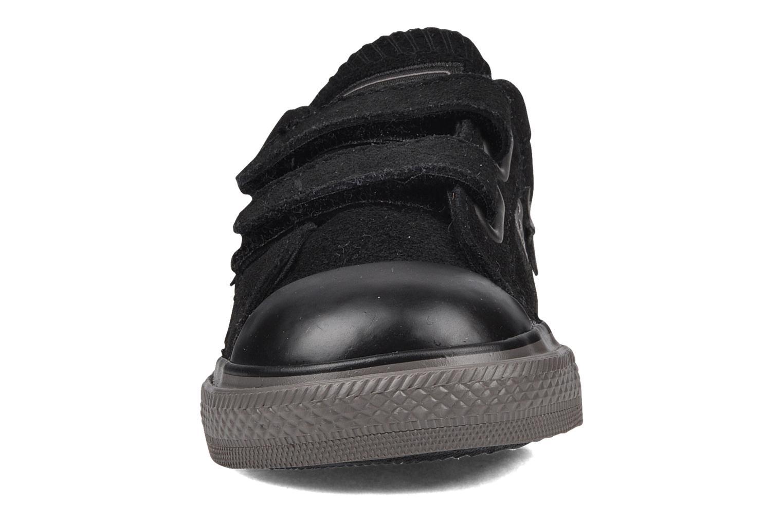 Sneaker Converse Star player 2v suede ox schwarz schuhe getragen