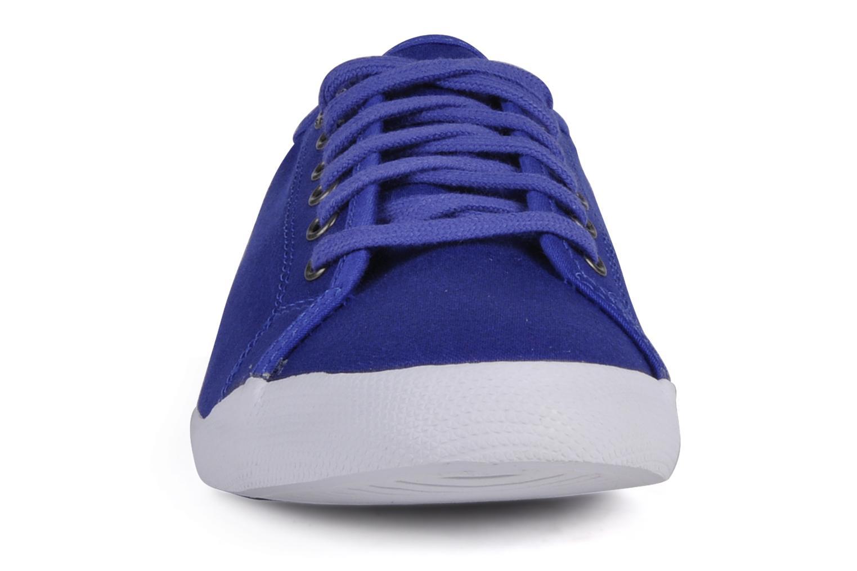 Baskets Le Coq Sportif Deauville lp w Bleu vue portées chaussures