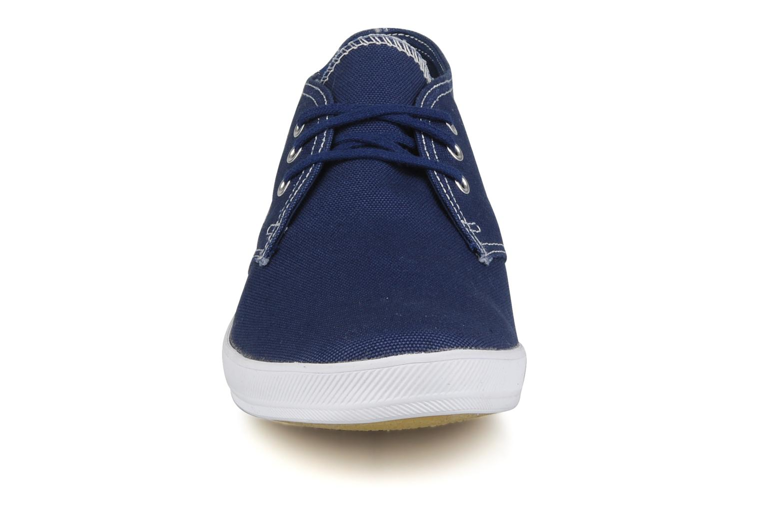 Trainers Keds Chukka Canvas Blue model view