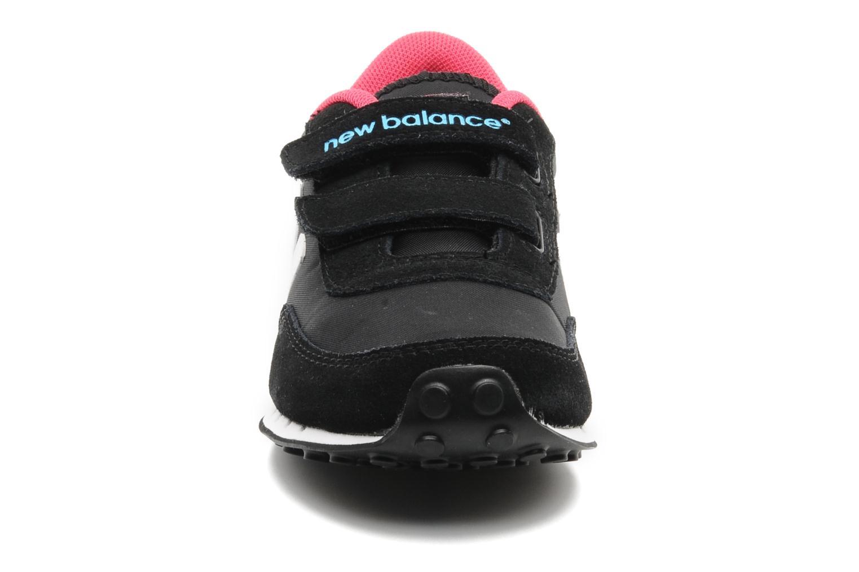 Sneaker New Balance KE410 schwarz schuhe getragen