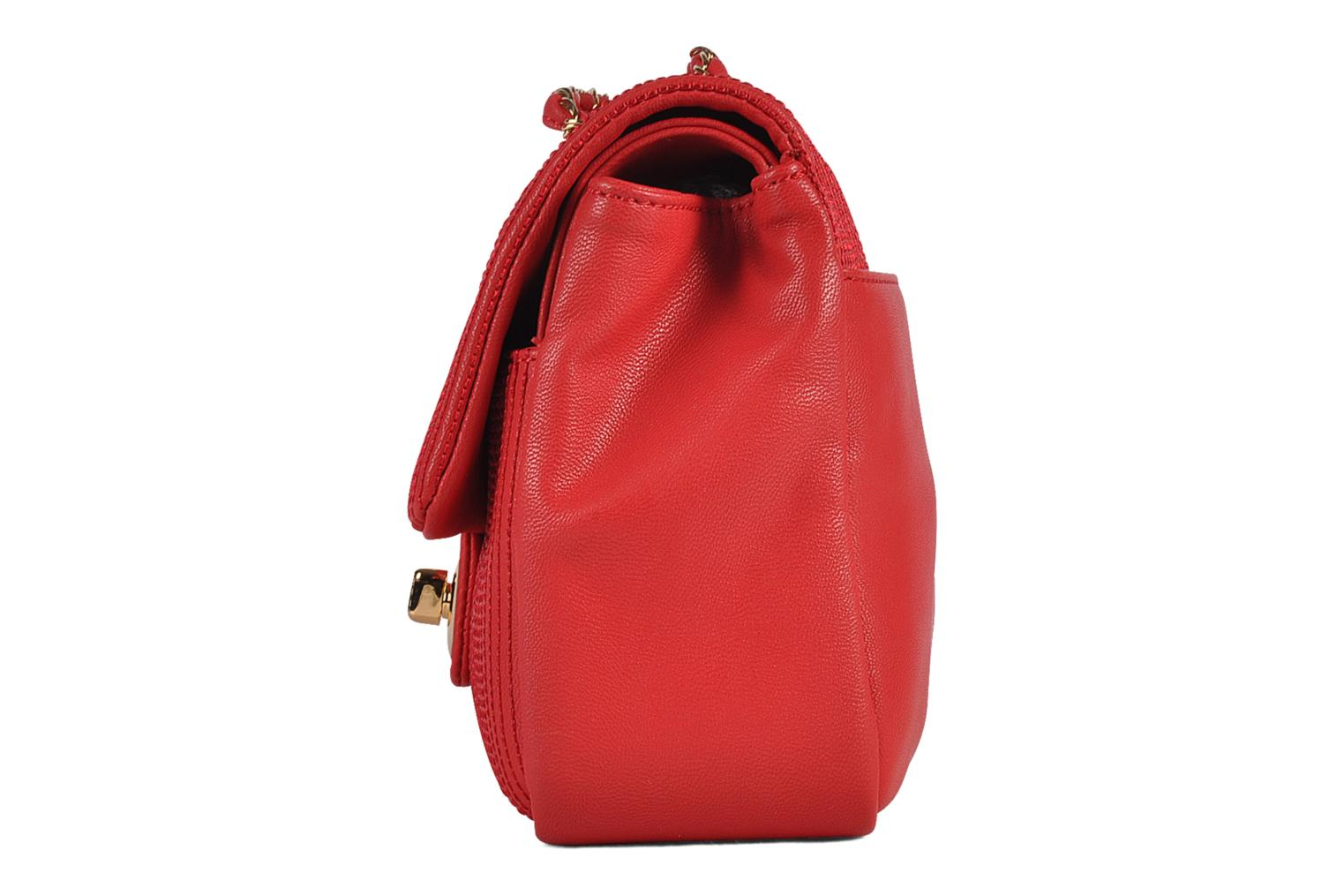 Sacs à main Love Moschino Mosquilted flap Rouge vue portées chaussures