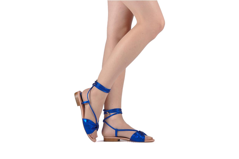 Sandales et nu-pieds C.Petula Rizzo Bleu vue bas / vue portée sac