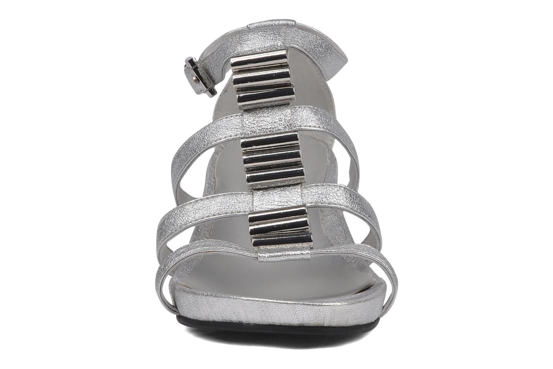 Sandales et nu-pieds JB MARTIN Byzance Argent vue portées chaussures