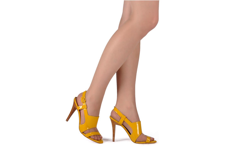 Sandali e scarpe aperte Charles Jourdan Pulpfiction Giallo immagine dal basso