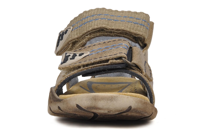 Sandales et nu-pieds Babybotte Tchin Marron vue portées chaussures