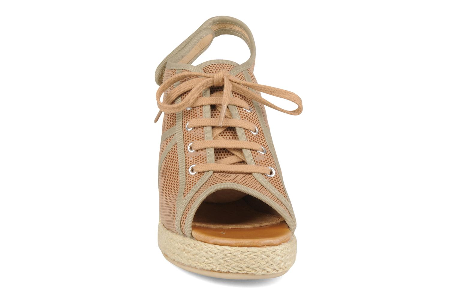 Malaga tennis city Taupe natural brown