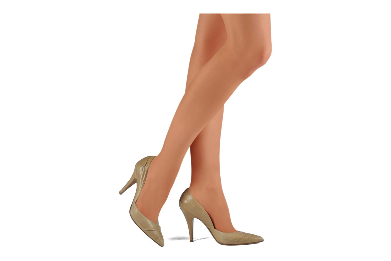 High heels Michel Perry Nemesis Beige view from underneath / model view