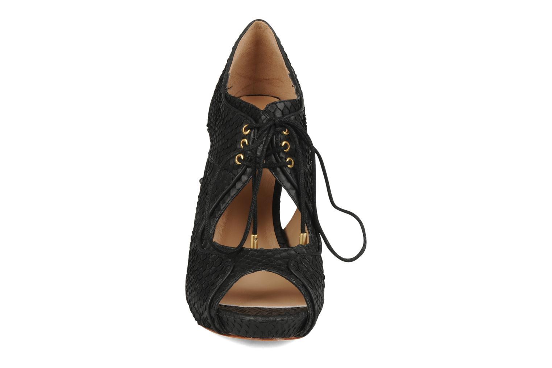 Sandales et nu-pieds Pour La Victoire Rima Noir vue portées chaussures
