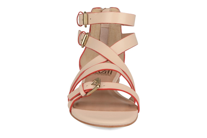 Sandales et nu-pieds Pour La Victoire Bryn Beige vue portées chaussures