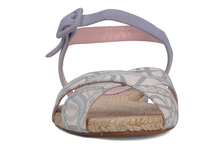 Sandalen Annabel Winship Hopper grau schuhe getragen