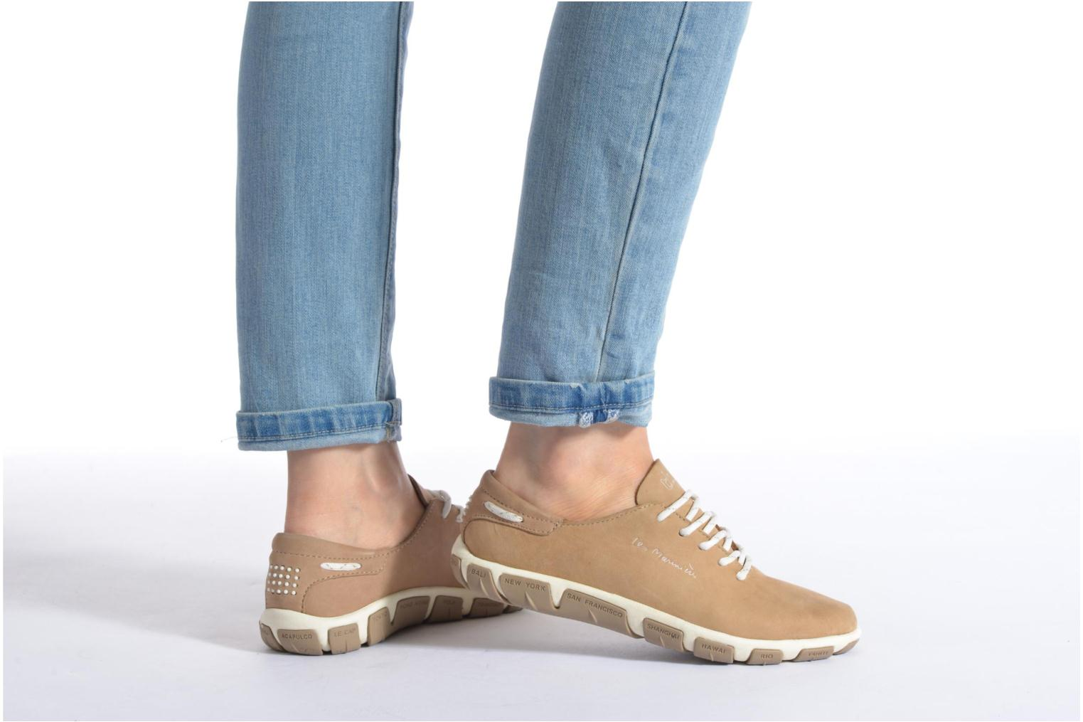 Lace-up shoes TBS Jazaru Beige view from underneath / model view