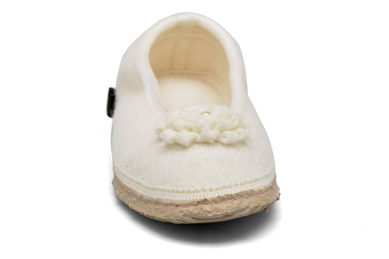 Chaussons Giesswein Laubach Beige vue portées chaussures