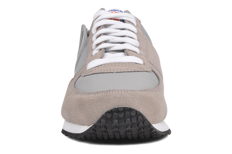 Baskets Kangaroos Combat Gris vue portées chaussures