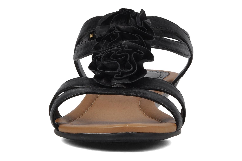 Sandales et nu-pieds Clarks Santa rock Noir vue portées chaussures