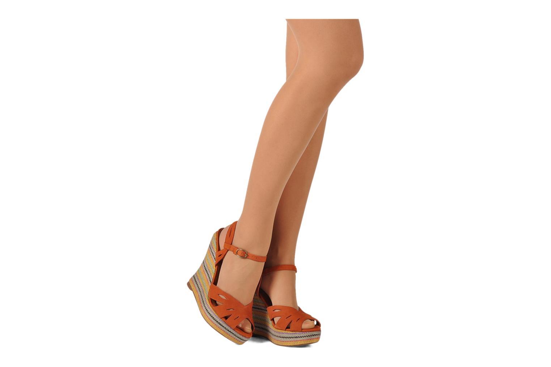 Sandales et nu-pieds Jeffrey Campbell Peaches Marron vue bas / vue portée sac