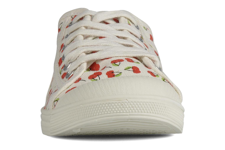 Sneaker Le temps des cerises Basic 02 weiß schuhe getragen