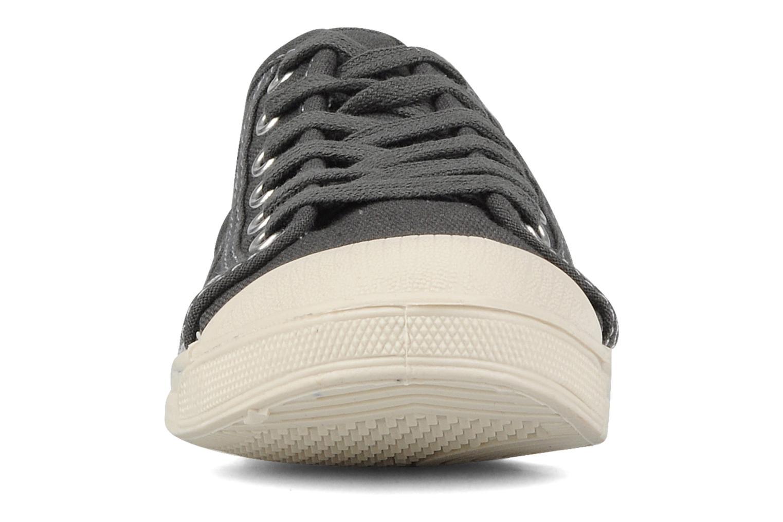 Sneaker Le temps des cerises Basic 02 grau schuhe getragen