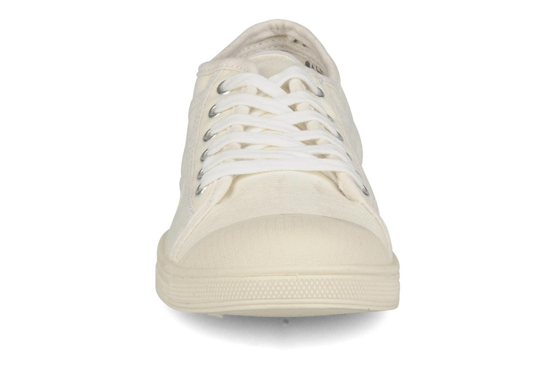 Sneakers Le temps des cerises Basic 02 Beige model