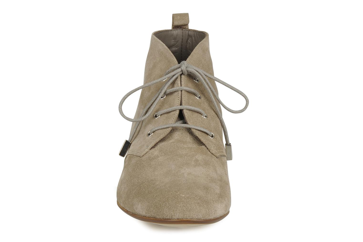 Ankle boots Emma Go Stella Beige model view