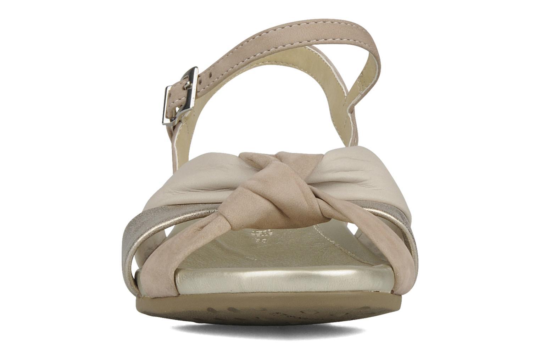 Sandali e scarpe aperte Stonefly Vanity 06 Beige modello indossato