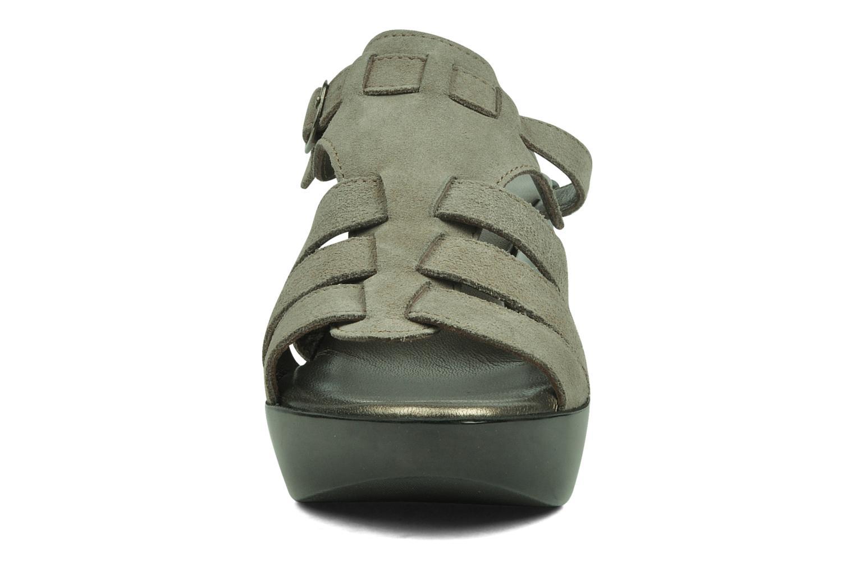 Sandales et nu-pieds Espace Angie Gris vue portées chaussures