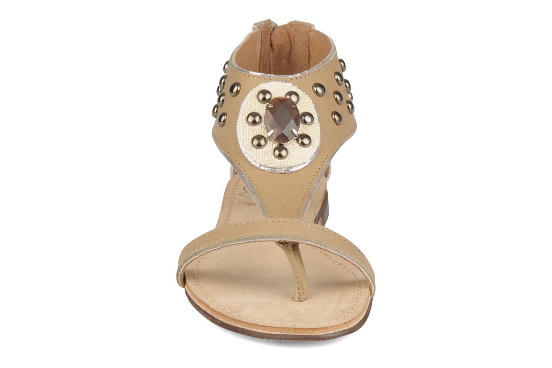 Sandales et nu-pieds Rosemetal Taylor Beige vue portées chaussures