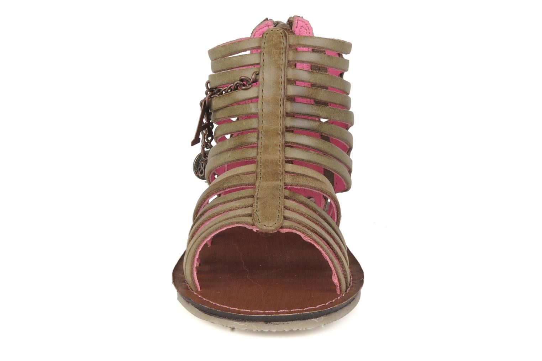 Sandales et nu-pieds Kickers Lilou Vert vue portées chaussures
