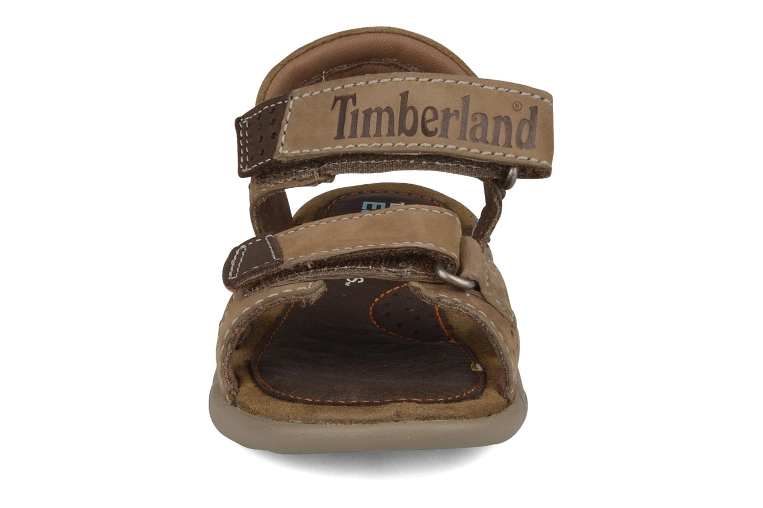 Chaussures de sport Timberland Earthkeepers oyster river sandal Marron vue portées chaussures