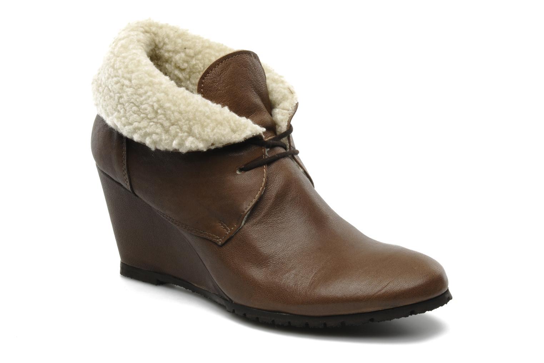 Boots en enkellaarsjes Eden Mimia Bruin detail