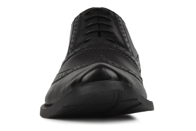 Chaussures à lacets Hush Puppies Eastfield Noir vue portées chaussures