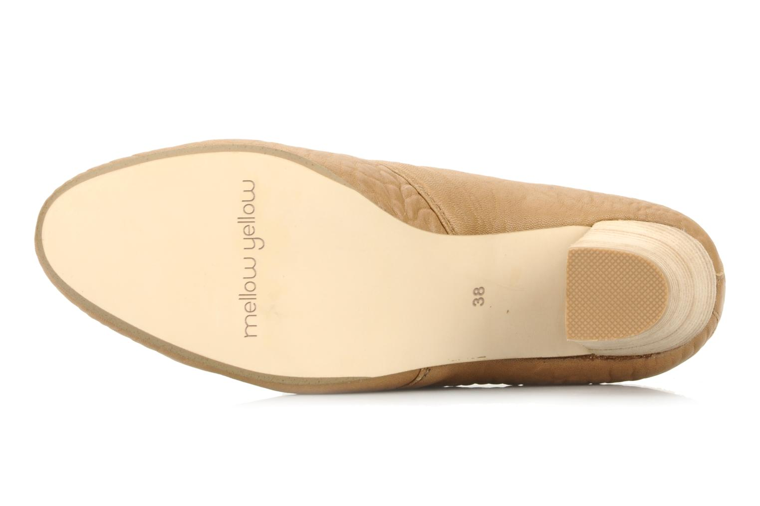 Lace-up shoes Mellow Yellow Kony Beige view from above