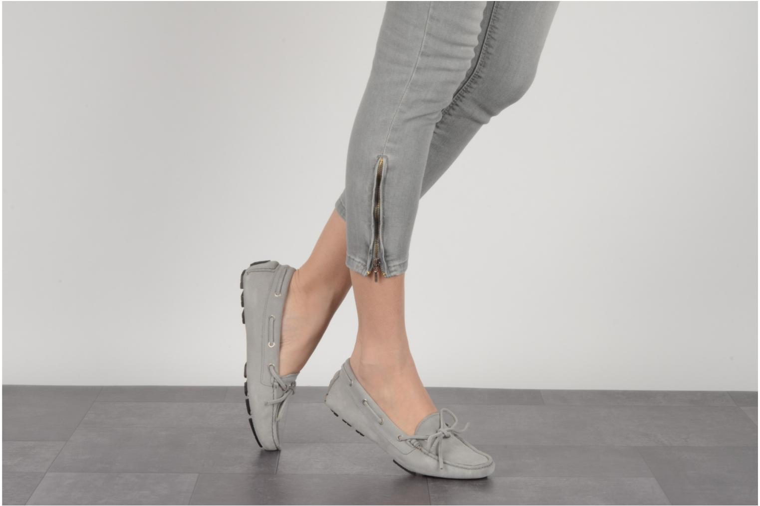 Loafers Georgia Rose Vinelle Grey view from underneath / model view