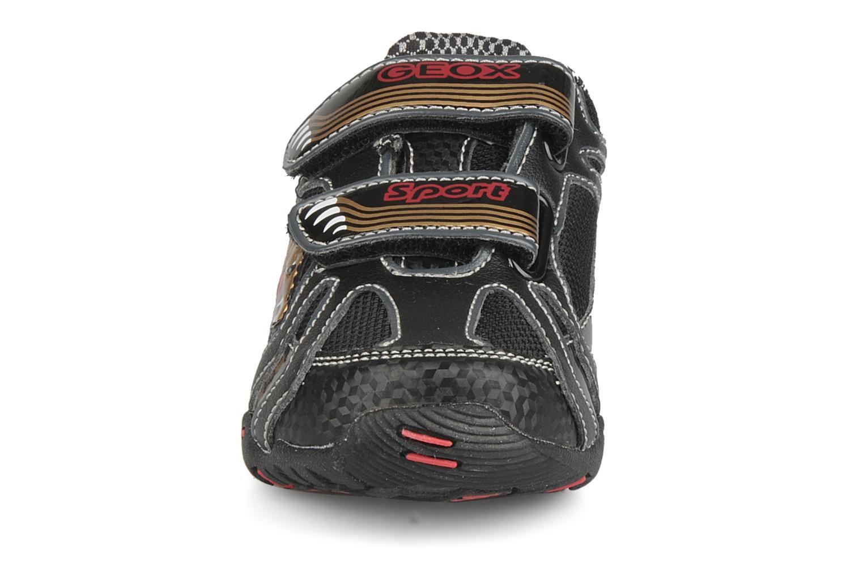 Sneakers Geox B nleclipb a Zwart model