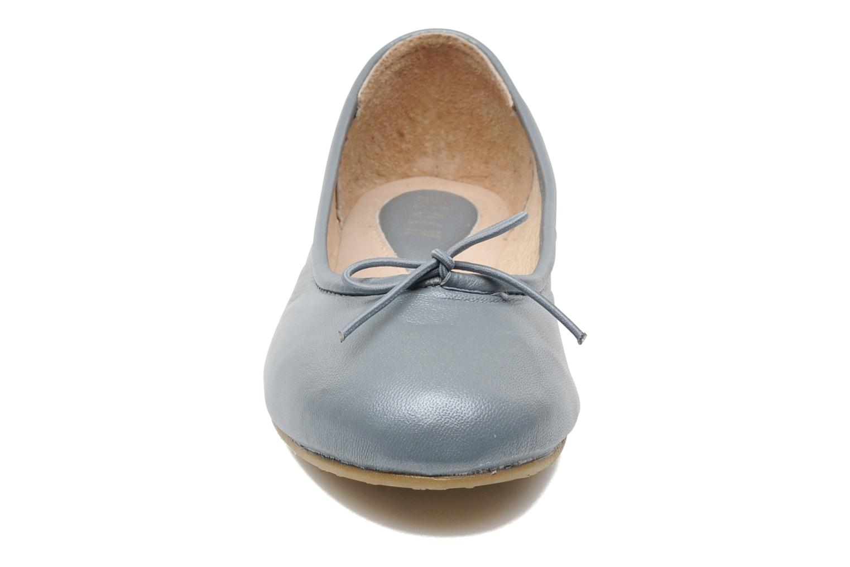 Ballerines Bloch Arabella Gris vue portées chaussures