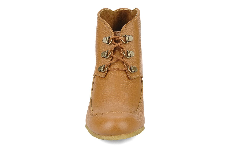 Boots en enkellaarsjes Le Mont St Michel Alameda Bruin model