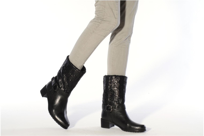 Bottines et boots Stuart Weitzman Pimlico Noir vue bas / vue portée sac
