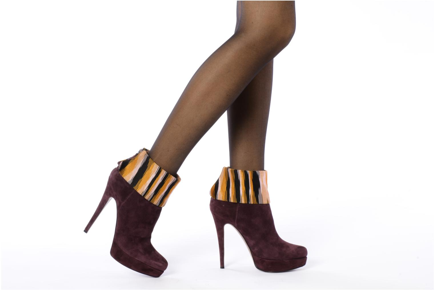 Ankle boots Missoni Sitia Burgundy view from underneath / model view