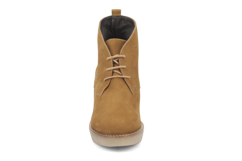 Bottines et boots JB MARTIN Louve Marron vue portées chaussures