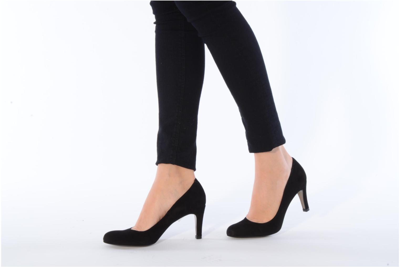 High heels Perlato Cid Black view from underneath / model view