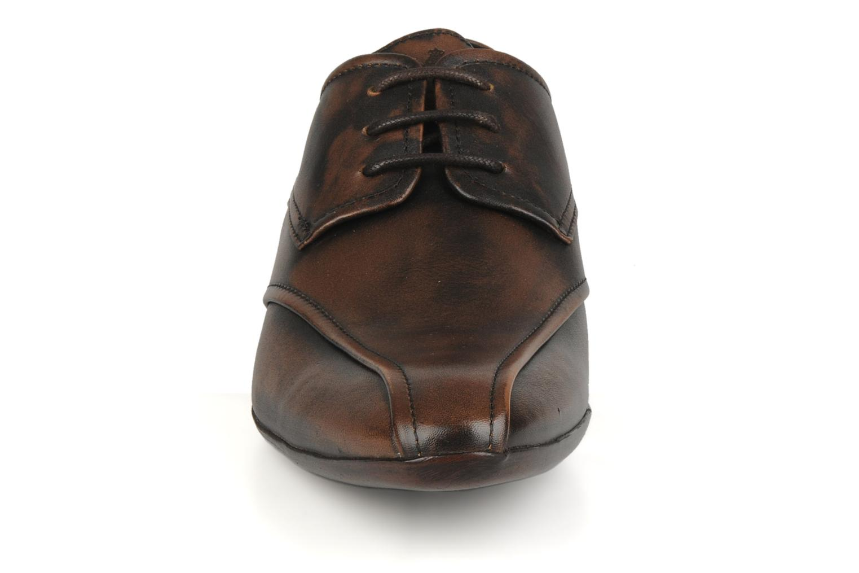 Lace-up shoes Base London Aspect Brown model view